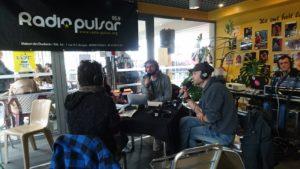 photo d'un plateau radio en direct